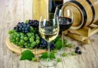 Vīns kosmētikā: maskas un losjoni