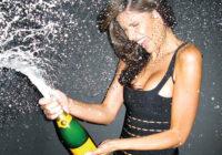 Nervi netur? Tad tev katru dienu jādzer šampanietis – īpaši attiecas uz dāmām!