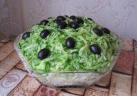 """Kārtainie salāti """"Zaļais sapnis"""" – pirmo reizi pagatavoju, bet jau rīt gatavošu tālāk"""