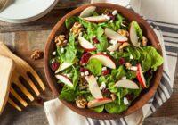Salāti vakaram – receptes, kuras var lietot uzturā pēcpusdienā