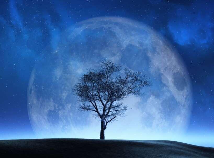 Mēness/ maģisks